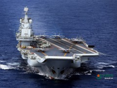 辽宁舰编队开展远海实兵对抗演练迎接人民海军69岁生日